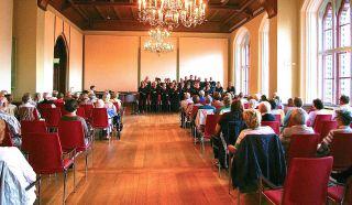 Schlager- und Chansonprogramm mit Stücken der 30er bis 50er Jahre, Rathaus Stralsund